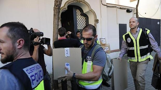 Siete aspirantes para dirigir la fiscal a que investiga casos de corrupci n - Casos de corrupcion en espana actuales ...