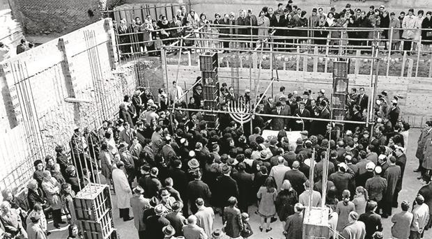 Se estima que actualmente viven la Comunidad de Madrid en torno a 10.000 judíos