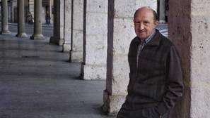 El filólogo, teatrólogo y colaborador de ABC, José Gabriel López Antuñano