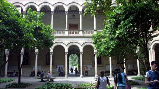Imagen de la sede central de la Universidad de Barcelona, en la Gran Via de Barcelona
