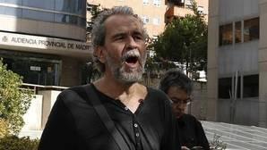 Willy Toledo amenaza a los ultras de Hogar Social Madrid: «No hay nazi intocable»