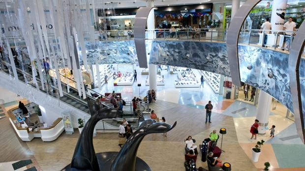 El centro comercial meridiano en tenerife clave en las - Centro comercial del mueble tenerife ...