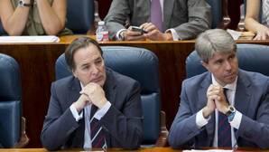 Cifuentes sitúa a dos de sus hombres en el Comité Ejecutivo Nacional del PP