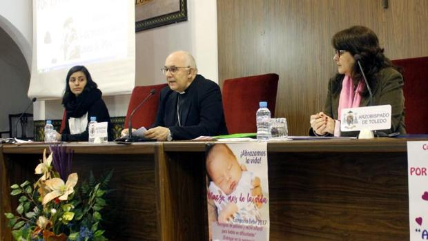 El obispo auxiliar de Toledo, Ángel Fernández Collado, presentó los actos