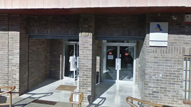 La agencia tributaria asegura que no se plantea cerrar su oficina de calatayud - Oficina hacienda madrid ...