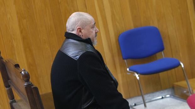 El fiscal acusa al procesado de haber abusado de su hija desde los seis años