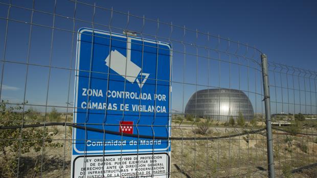 Una de las pocas construcciones que se levantaron del Campus de la Justicia, en Valdebebas