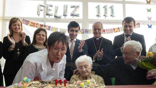 Josefa Álvarez, vecina de Cartelle (Orense), ayer en su 111 cumpleaños