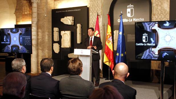 El presidente de Castilla-La Mancha, Emiliano García-Page, durante su intervención durante la presentación del Plan de Cultura