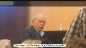 Jordi Pujol se queda solo en una charla nacionalista al tomar la palabra: «Está desautorizado»