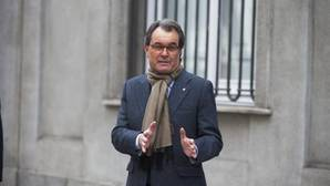 Mas viaja al Reino Unido un día después de acudir a Madrid a declarar por el juicio contra Francesc Homs por el 9-N