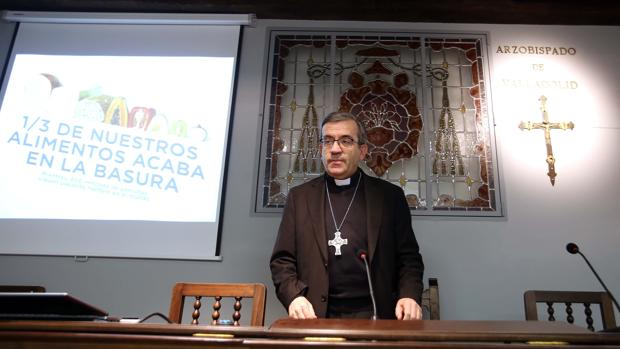 El obispo auxiliar de Valladolid, Luis Argüello