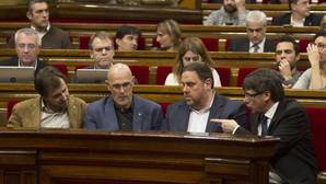 """El Parlament quiere que den explicaciones por la """"Operación Cataluña"""