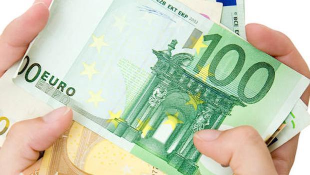 Billetes de 100 y 50 euros