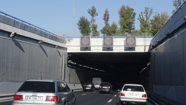 Hemeroteca: La velocidad en la M30, limitada a 70 hoy por el «nivel 1» de contaminación   Autor del artículo: Finanzas.com