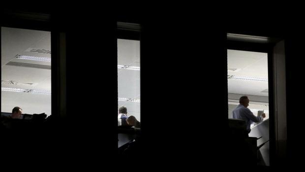Hemeroteca: Un funcionario «chantajeado» colaboró en el registro de las sedes   Autor del artículo: Finanzas.com