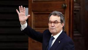 Puigdemont tilda de «error» la condena a Mas, Ortega y Rigau