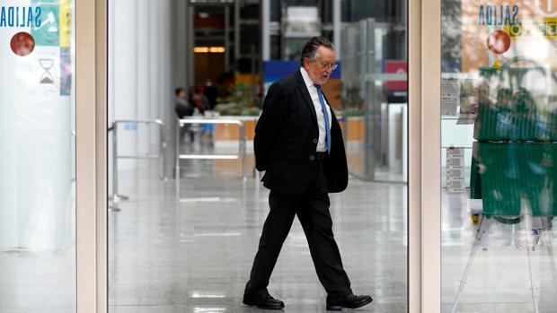 Hemeroteca: Un exasesor de Grau lo señala como el responsable de las facturas falsas | Autor del artículo: Finanzas.com