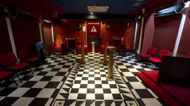 Una de las salas donde se celebran las reuniones de los masones