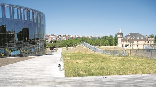 Exterior del Creaa de Alcorcón