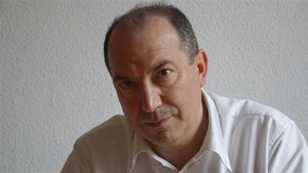 Sanchis nació en Valencia en 1961
