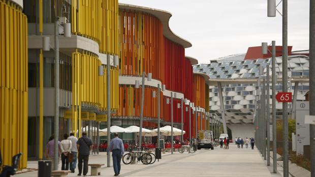La ruina inmobiliaria de la expo del agua 319 millones for Bankia oficinas zaragoza