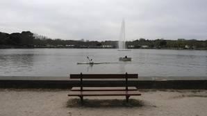 Carmena vaciará el lago de la Casa de Campo para repararlo porque tiene «graves daños»