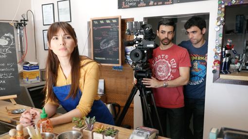 Los jóvenes de Alcázar de San Juan, en un momento del rodaje de su cortometraje
