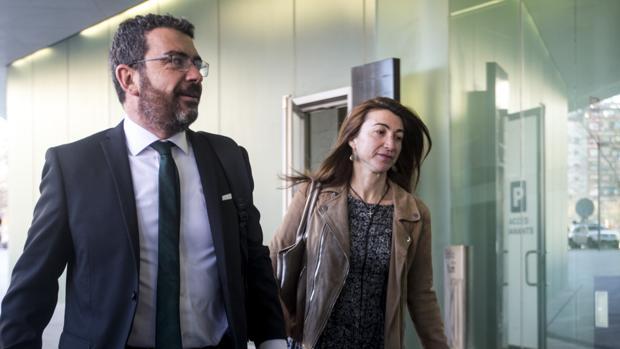 Francesc Sánchez, de CDC, llegando a la Ciudad de la Justicia de Barcelona