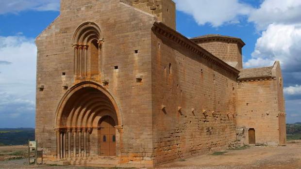 Ermita románica de SAnta María de Chalamera, punto de destino de esta peculiar romería medieval