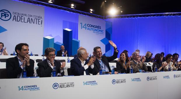 Xavier García Albiol saluda a los asistentes al XIV congreso del PP catalán