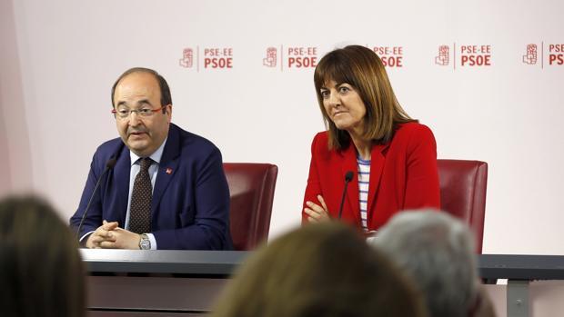 Los líderes de los socialistas vascos y catalanes, Idoia Mendia y Miquel Iceta
