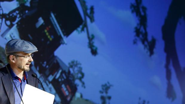 Valencia el oceanogr fic abre el cine 4d m s grande de for Promociones oceanografic