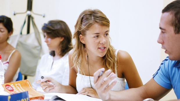 Imagen de unos alumnos de la escuela