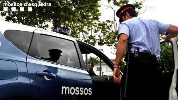 Los Mossos acudieron a casa de los padres tras su llamada a las 7 de la mañana
