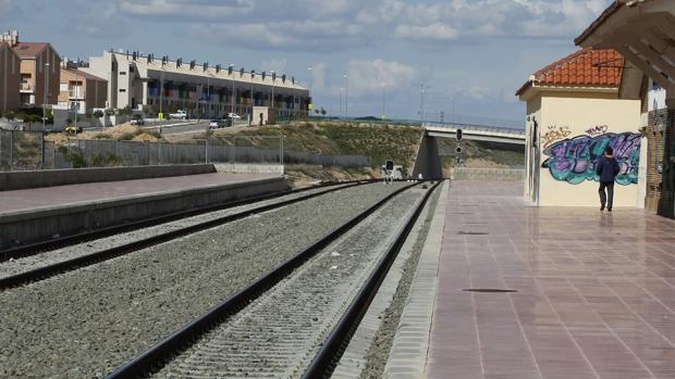 La línea férrea que conecta Zaragoza con Valencia por Teruel ni siquiera está electrificada