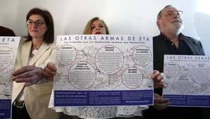 Savater: ETA quiere «cambiar las armas de matar por las de mentir»