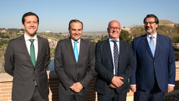 Velázquez, Gregorio, Bravo y Jou en las Cortes regionales