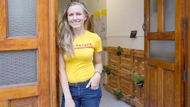Maria Sirotkina en su negocio de la calle Lucas Fernández, en la capital grancanaria