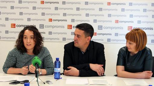 Imagen de los dirigentes de Compromís durante la presentación de la iniciativa