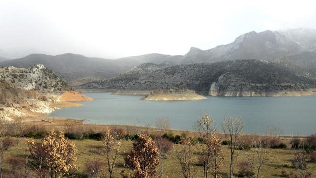 Pantano de Barrios de Luna, en León