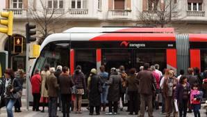 Solo en obras, los 12,8 kilómetros del tranvía de Zaragoza costaron 130 millones. Un coste al que, año tras año, se suman las pérdidas de explotación