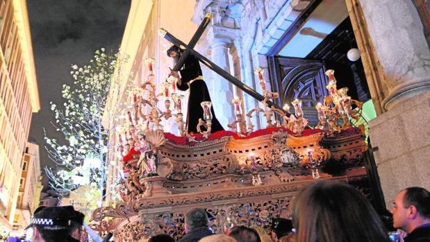 Salida del Cristo de la parroquia de Nuestra Señora del Carmen
