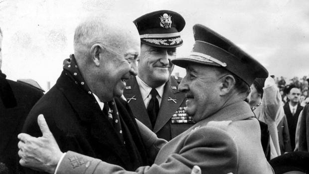 Franco recibe a Eisenhower en 1959