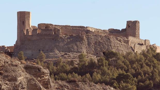 Calatayud busca fondos para retomar la restauraci n de su - Castillo de ayud ...