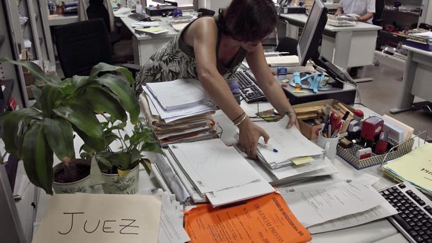 Aragón confiará a una empresa privada la custodia de miles de expedientes judiciales