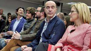 Contelles (a la derecha) y Betoret (a la izquierda), durante la Junta Directiva Provincial del PP de Valencia