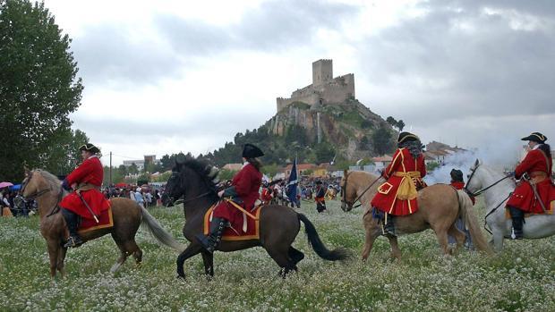 Recreación de la batalla en Almansa en el tercer centenario