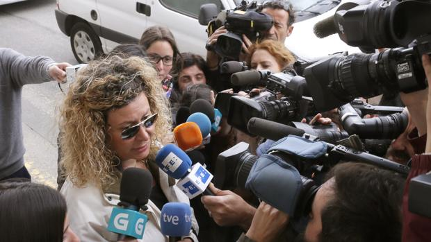 La madre de Diana Quer, a su salida de los juzgados este miércoles