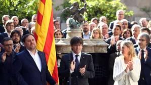 Puigdemont también anima a respaldar la declaración de Sant Jordi, como Patrimonio Inmaterial de la Humanidad